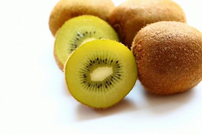 ・ニキビ改善に役立つ果物
