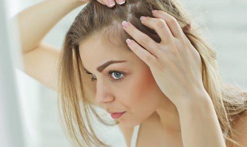 ストレス性の白髪の原因と対処法!効果的な方法は?