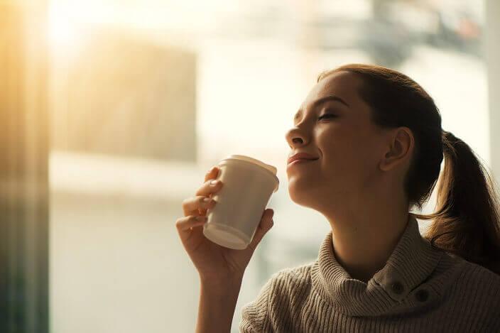 女性ホルモンの働きと分泌のメカニズム